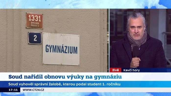 Studio ČT24, Soud nařídil pražskému gymnáziu obnovit denní formu vzdělávání